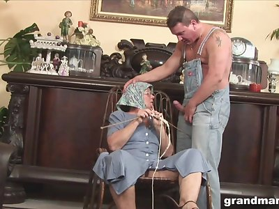 Disgusting broad in the beam granny gives a blowjob and rimjob to one extraordinary man