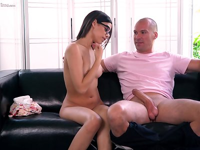 Fresh faced spoil fucks an patriarch man be useful to her dreams and she loves his big cock