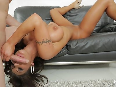 Curvy tanned milf slut August Taylor sucks cock lustily