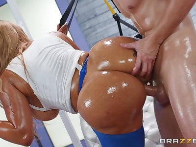 Big booty ebony milf, insane hardcore with a white man