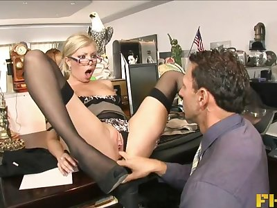Hardcore fucking on the meeting table with secretary Donna Bell